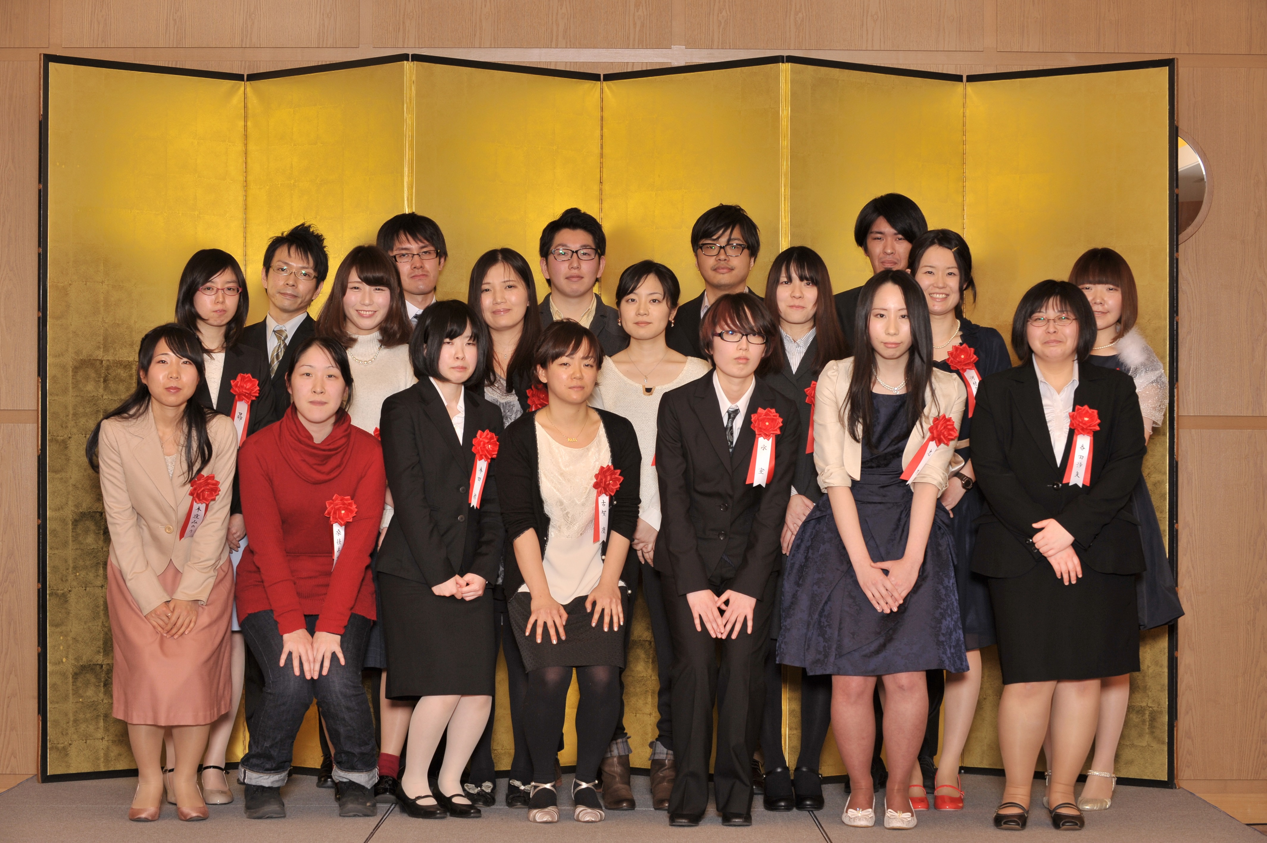 The winners of the Grand Award and the Manga Audition, at the new years ceremony of Comic ZENON.